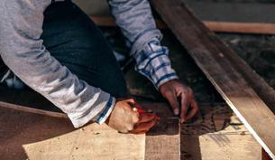 Loc8 industries carpenters
